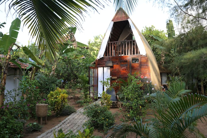 Eco-friendly chill-out boat hut Tartaruga - Canacona - Bungalow