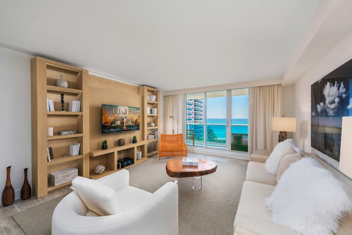 1/1 Direct Ocean Front located at 1 Hotel & Homes