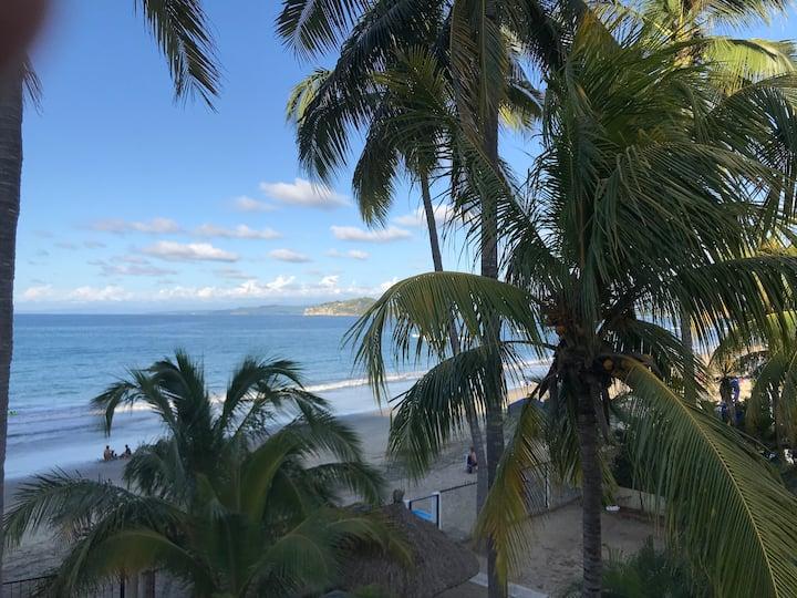 "'' Casita Redonda"" Los Ayala Beachfront"