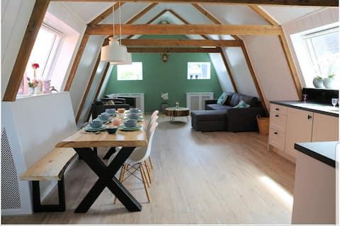 Kom logeren bij Bed in Boet in Tuitjenhorn !