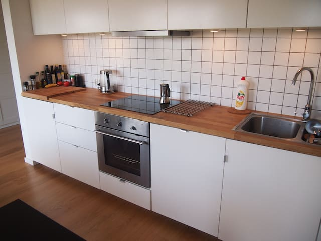 Cozy and nice apartment near Gdansk - Czarlin - Apartment