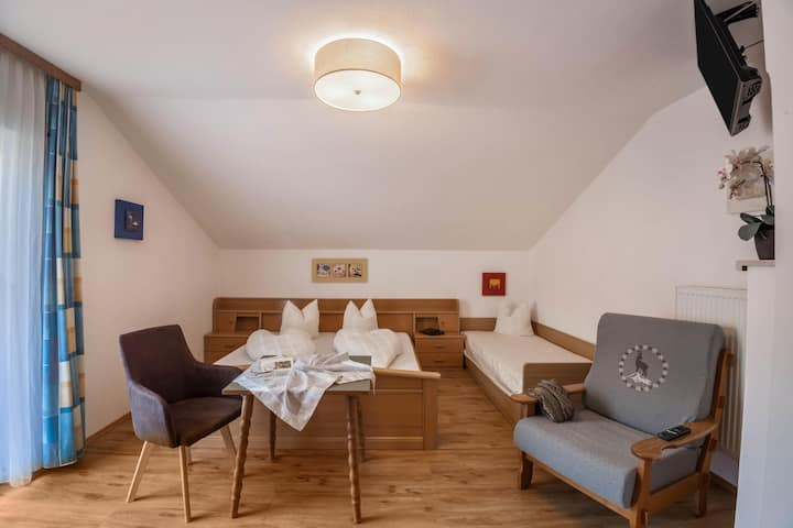 """Vacation Apartment """"Brugger 4 Personen"""" near the Ski Area with Mountain View, Wi-Fi & Balcony; Parking Available"""