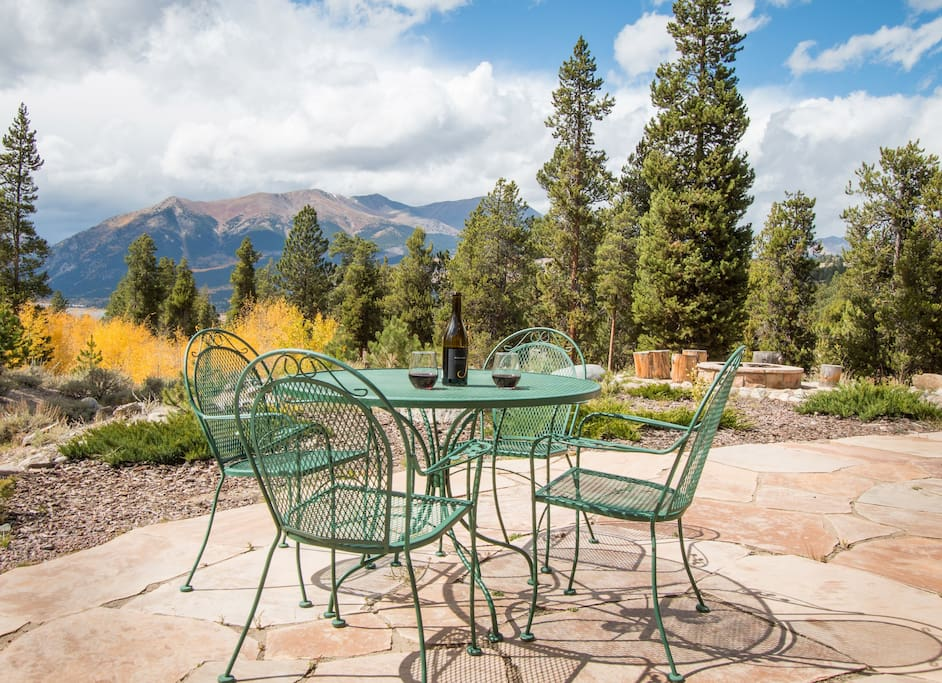 Toast to unbeatable views of Mt. Elbert and Twin Lakes on the back patio of the Wolf Den.