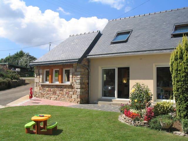 Maison en Presqu'île en Crozon - Argol - Hus