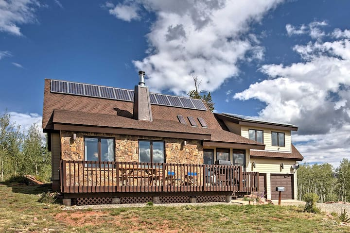 NEW! 3BR Fairplay House w/Panoramic Mountain Views