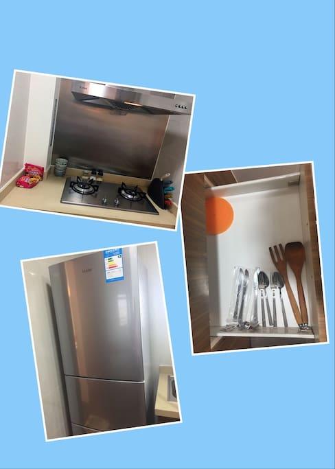 各种餐具、调味品、方便面,您都可以免费使用。