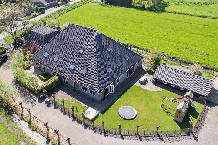 Farm with modern kitchen and hottub in the garden