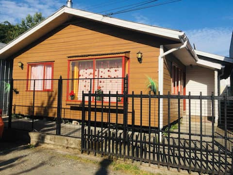 "cabaña independiente ""chiloetip"" centro de Achao"