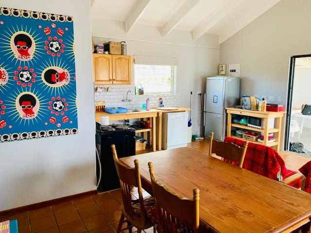 Family friendly beach cottage