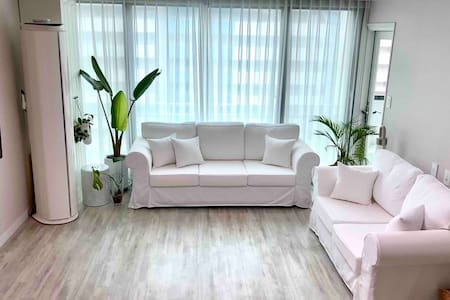 Greenery House(1Double room with Shared Bathroom)
