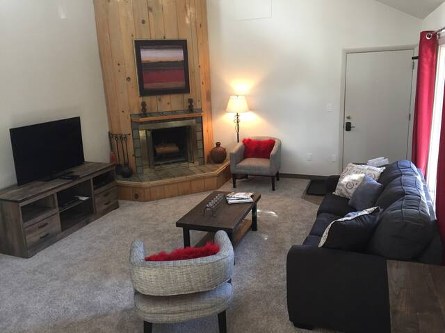 Beautiful 2 Bed/2 Bath Vail Condo - Vail - Byt