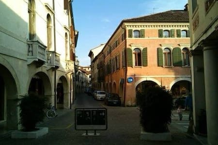 The Quinn House - Moments from Venice - Oderzo