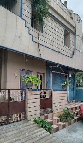 Private 1 BHK house near Benz Circle-Free WiFi