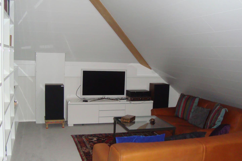 Chambre Coin Salon Tv Douche Lavabo Wc Privatif Apartments For