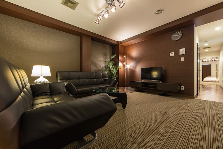 Shinsaibashi Apartment 100㎡ for Tourism&Shopping! - Ōsaka-shi - Leilighet
