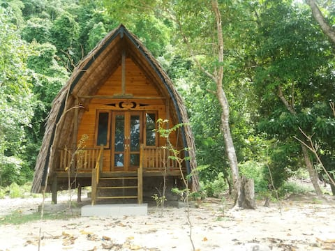 Batu Tabuan Beach Bungalows - FULL BOARD (1)