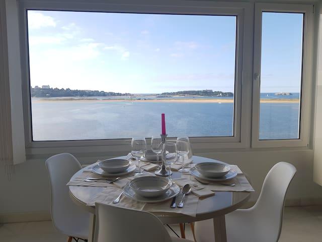 Piso en Pedreña, vistas al mar junto playa y golf
