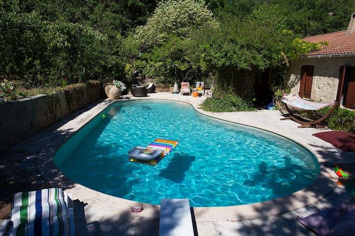 Countryside villa near Aix-en-Provence