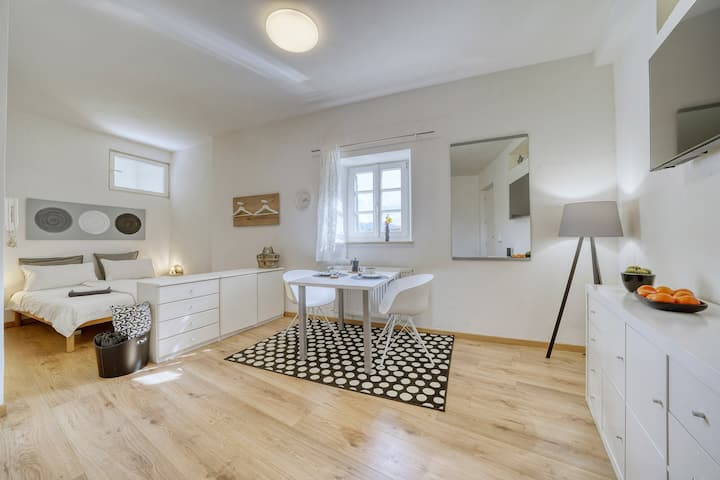 Centrally located apartment for couples