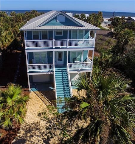Casa Aqua: In the heart of historical Summer Haven steps to gorgeous Matanzas Inlet Beach