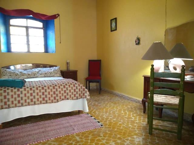 Casa Chavela, Tepoztlán.