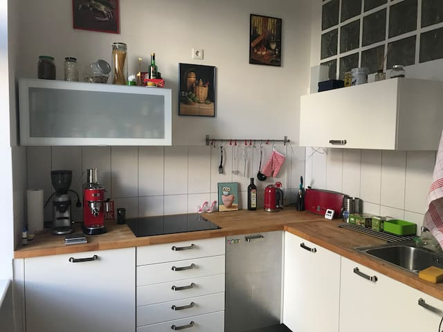 Modern cosy studio apartment in Berlin-Kreuzberg