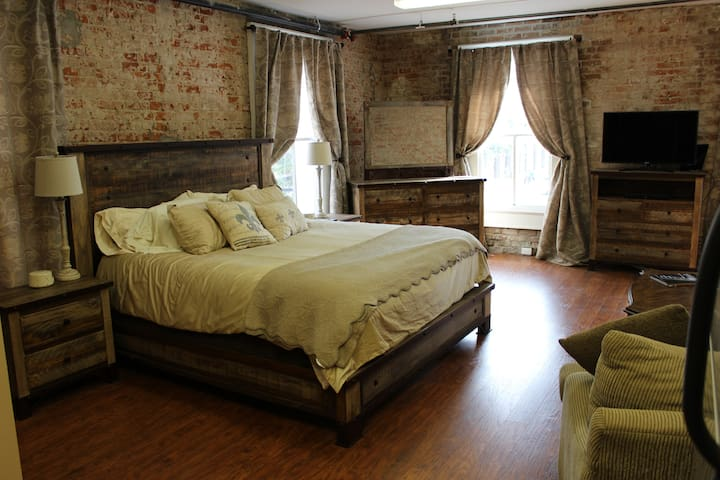 Cozy but spacious studio Condo in French Quarter - New Orleans - Wohnung
