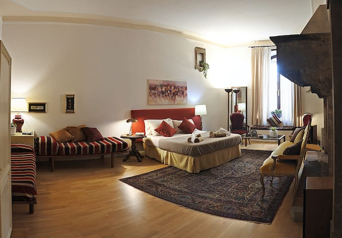 Refined apartment close to the Vatican