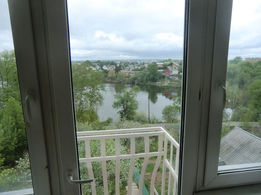 Вид на балкон 1