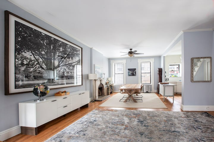 3BR, 2.5BA, home office single family home in LIC