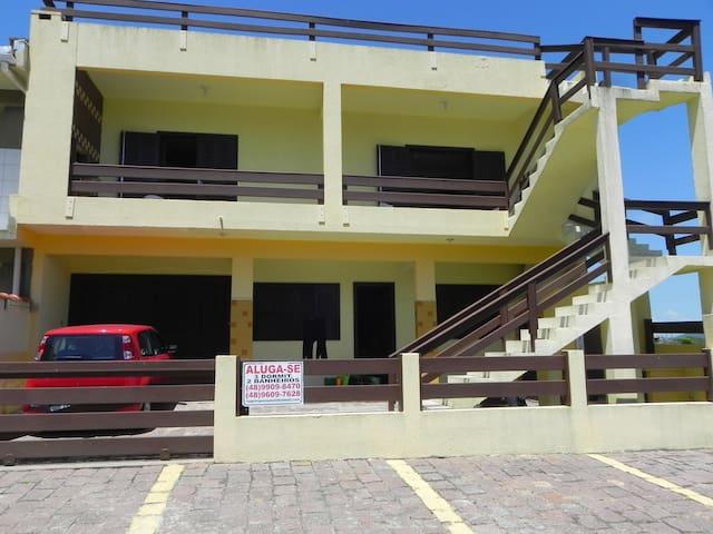 Imovel 50m Mar Itapiruba Laguna - Laguna - House