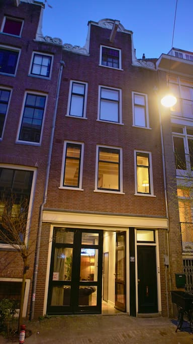 Loft in old centre of amsterdam in quiet street lofts louer amsterdam noord holland pays bas - Chambre a louer amsterdam ...