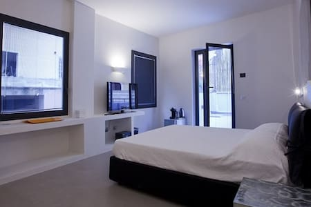 Suite 5 with exclusive terrace - Roma