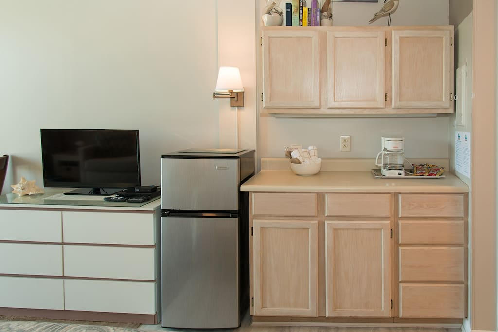 Coffee Maker, dishes, microwave, & more!