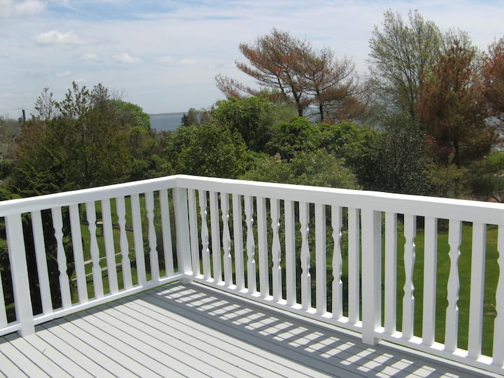 Immaculate Bellport Home Water Views, Walk to All!