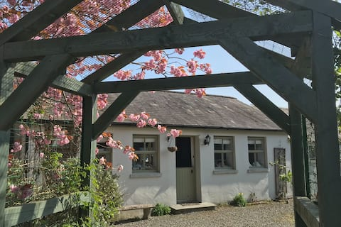 Country Cottage close to Killyleagh