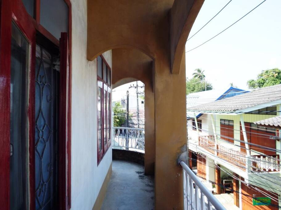Shared balcony with a street view