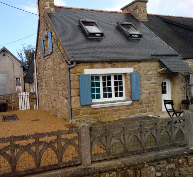 Petite maison de p cheur houses for rent in plougasnou bretagne france - Maison pecheur bretagne ...