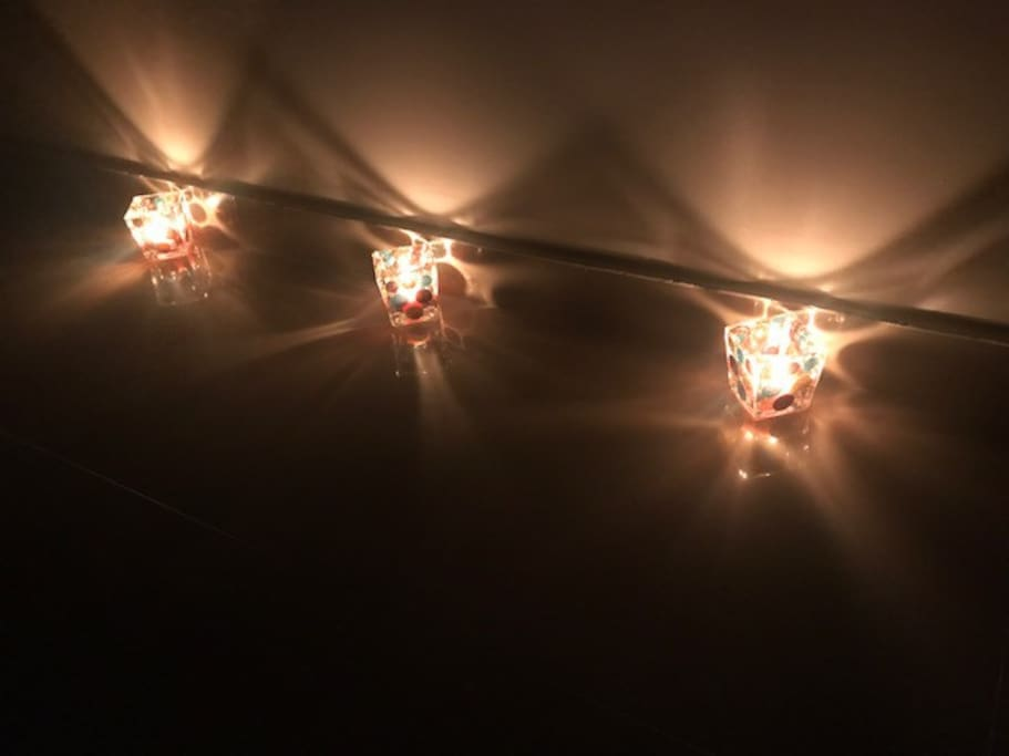 I like to play with the light and make my own candles around here :)