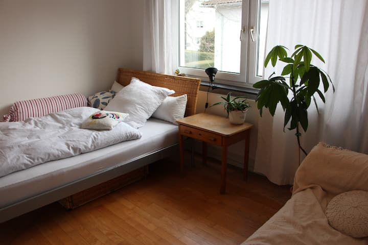 Großzügiges Zimmer in Kurpark-und Kerckhoff- Nähe