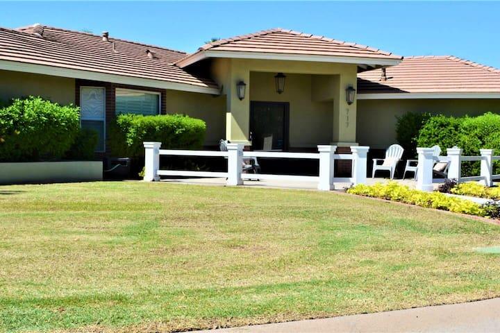 Frier House - Central Phoenix Private Guest Suite