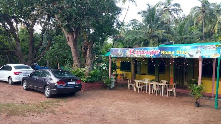 Krupasagar home stay,near wairy beach few min walk