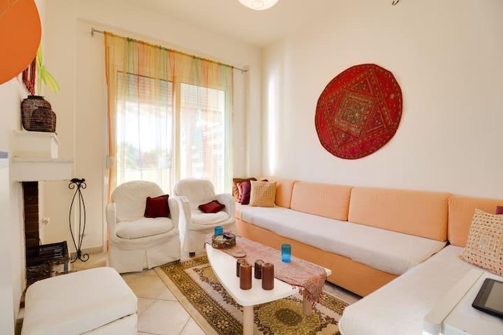 Εξοχικη κατοικια , μπροστα στην θαλασσα - Neos Marmaras - House