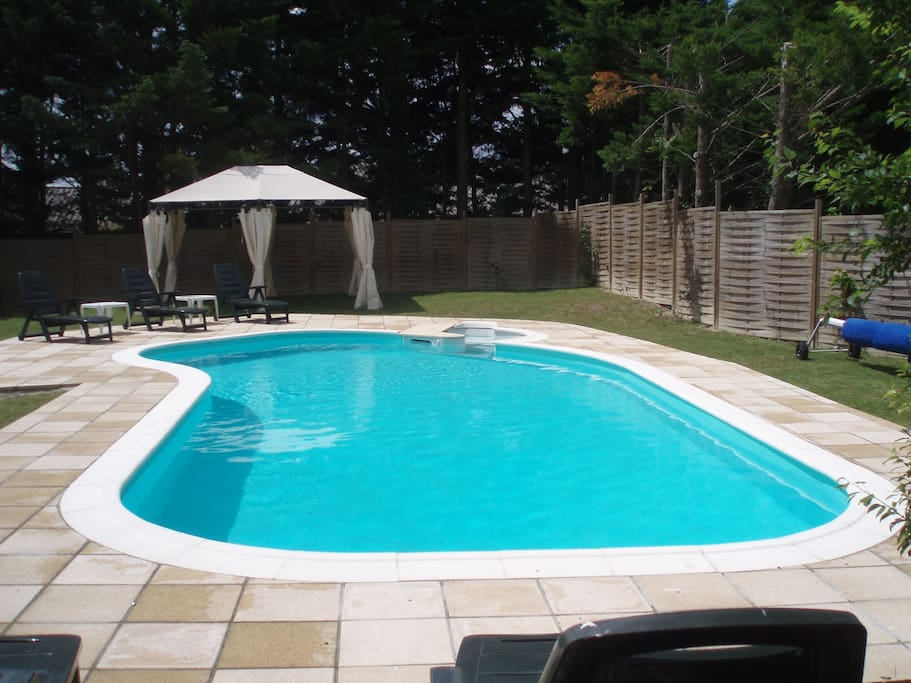 Pool available all year - weather permitting!