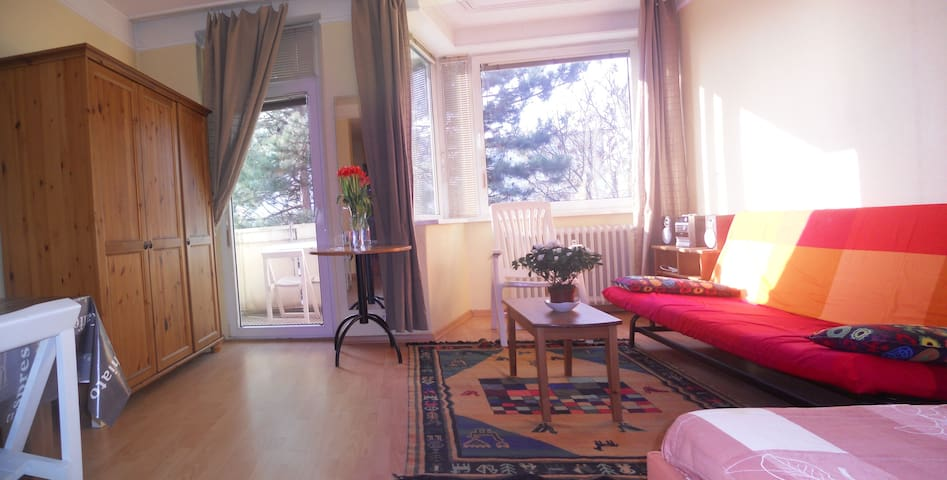 Nice flat in Wittenberg Platz