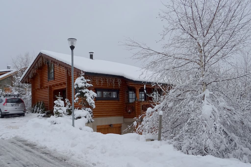 Chalet scandinave chalets for rent in les angles - Panoramic les angles ...