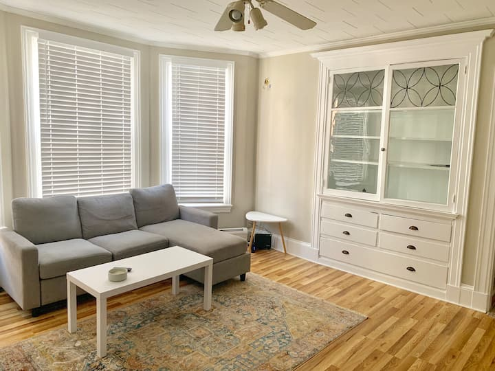 Private 1 Bedroom Apt Close to the Old Port