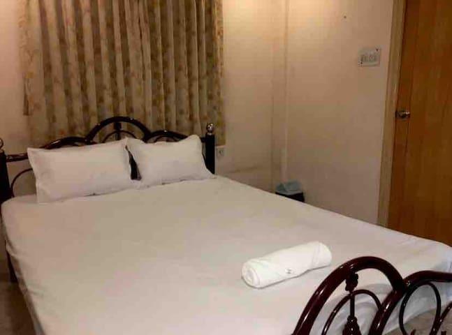 Cozy bedroom 1 with Aircon