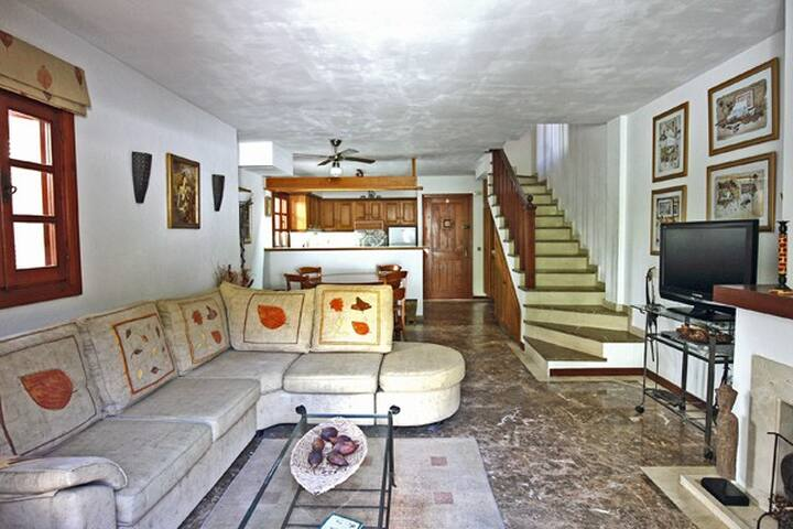 Beachside Townhouse Villacana - Estepona - Dům