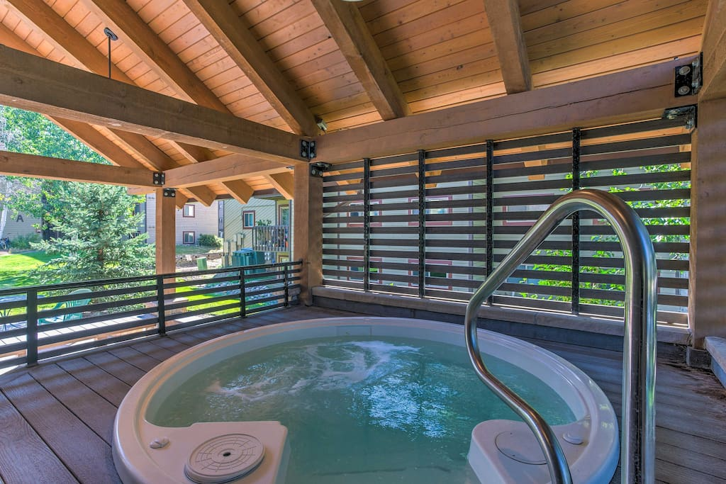 The condo features great amenities, including 2 hot tubs and a saltwater pool!